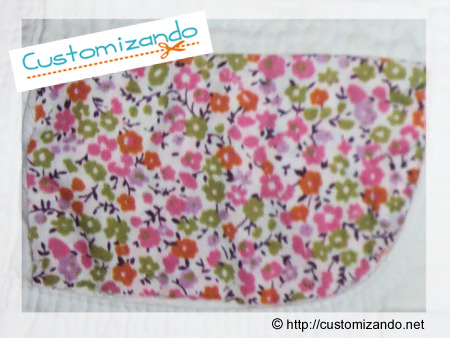 Customizando short branco com estampa floral