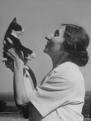 Wanda Landowska and a cat