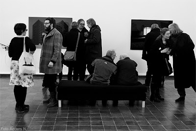 vernissage, masterutställning, högskolan för fotografi, konsthallen, göteborg, göteborgs konsthall, viskar, viska, utställning, fotoutställning, utställningsbesökare, exhibition, visitors, foto anders n