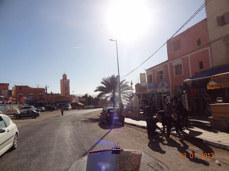 Marrocos e Mauritãnia a Queimar Pneu e Gasolina - Página 3 DSC05626
