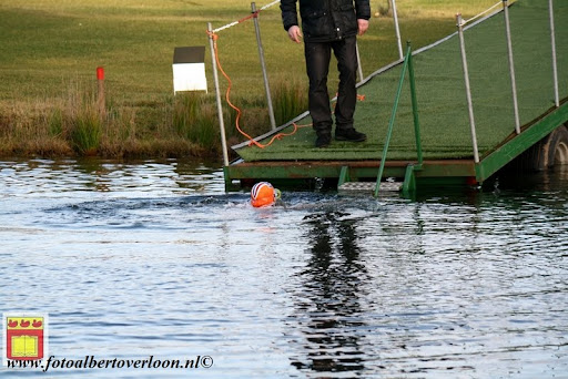 oudejaarsduik.Golfbaan overloon 30-12-2012 (20).JPG