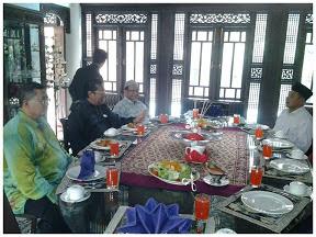 Mb Selangor menerima kunjungan hormat Mb dan Tmb Kelantan