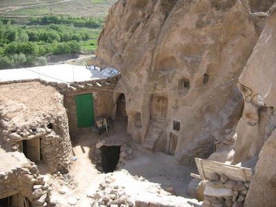 Inilah Kampung Unik Yang Telah Berusia 700 Tahun di Iran