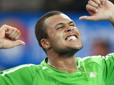 Jo-Wilfried Tsonga celebrando una victoria