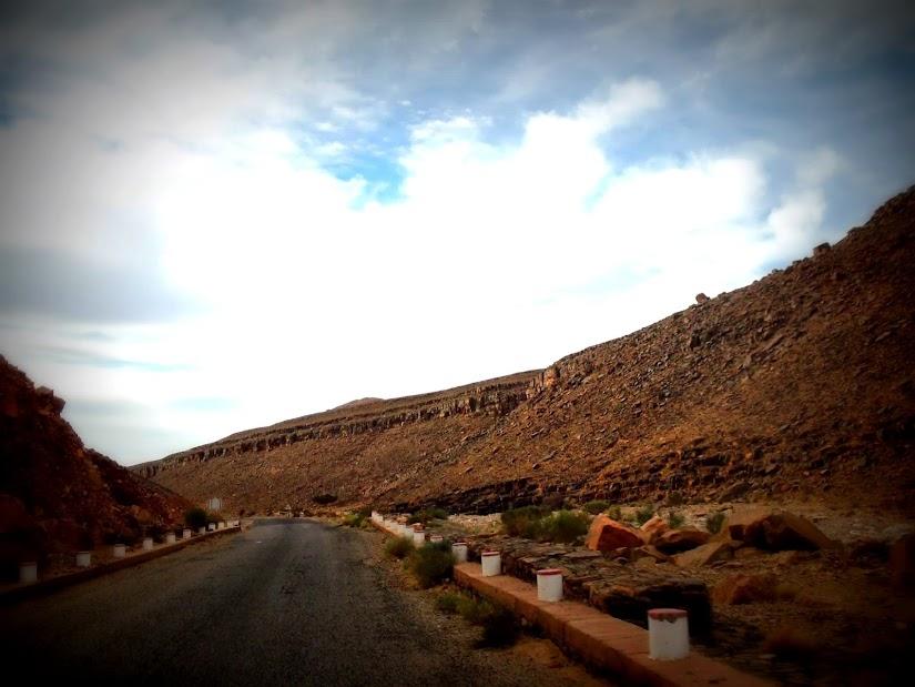 Marrocos e Mauritãnia a Queimar Pneu e Gasolina - Página 12 DSCF1417