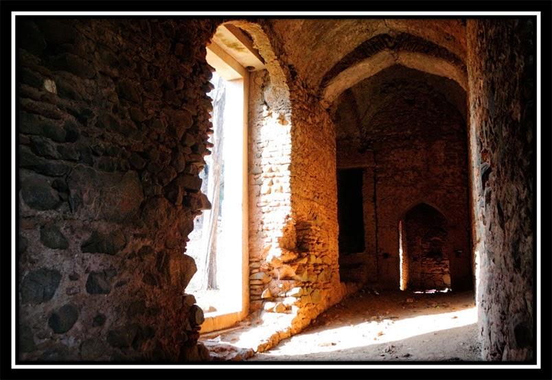Old Palamu Fort - Entrance