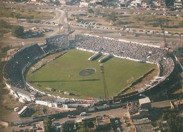 Cancha Gimnasia de Jujuy - 23 de agosto
