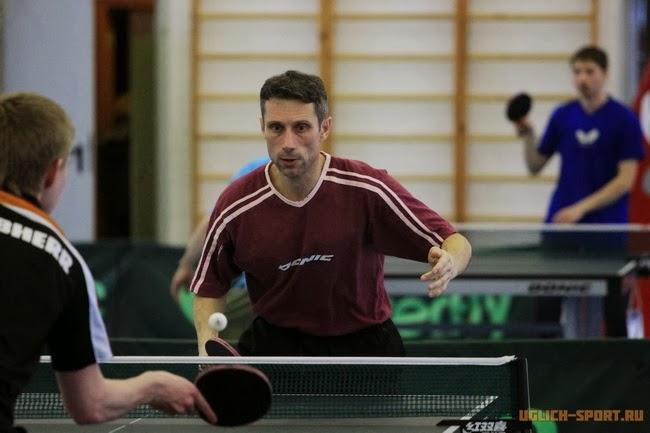 Александр Пехтерев - 2 место на межрегиональном турнире по настольному теннису в Угличе в группе мужчин