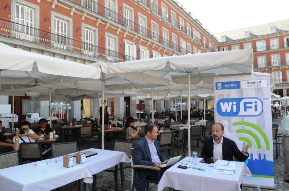 WiFi gratis en 6 plazas: Humilladero, Santa Bárbara, Cubos, Felipe II, Prosperidad y Paja