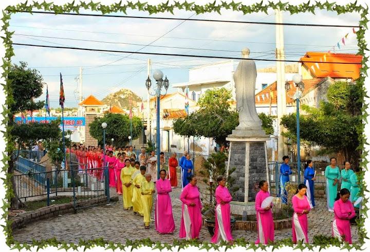Hình ảnh Sr Anna Kim Hương Tạ Ơn Dịp Khấn Trọn Đời tại Giáo xứ Bình Chính