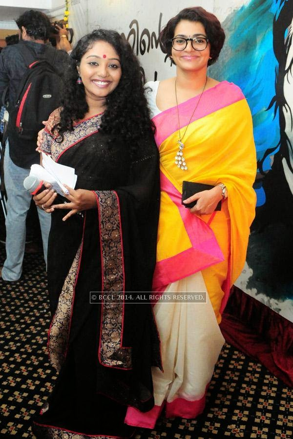 Hima Shankar and Parvathi Menon during the premiere of Ennu Ninte Moideen, in Trivandrum.<br />