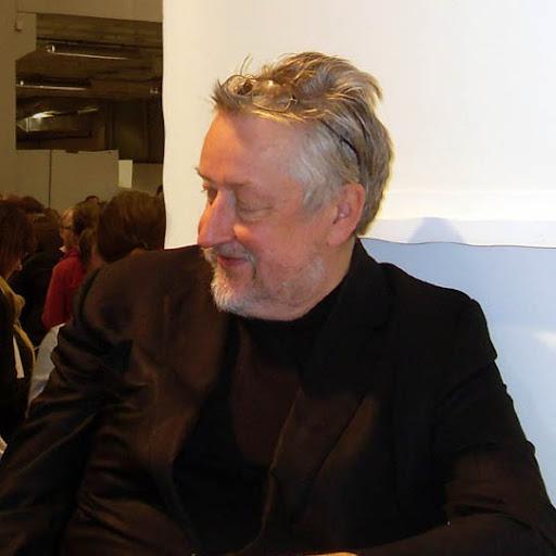 Victor Davis