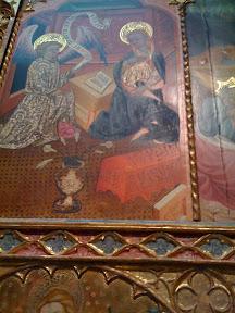 A la Virgen siempre le pillaba el ángel leyendo... Me encantan los antecesores de los bocadillos de los cómics.