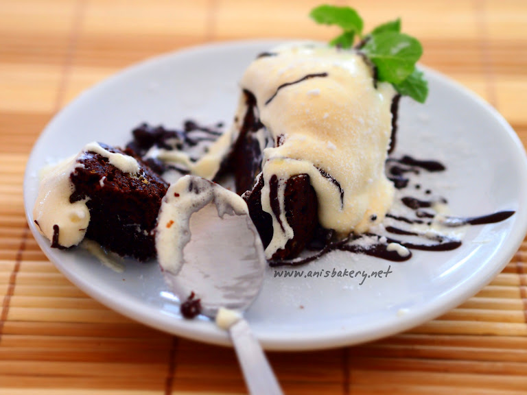 Brownies dengan Vanilla Ice Cream