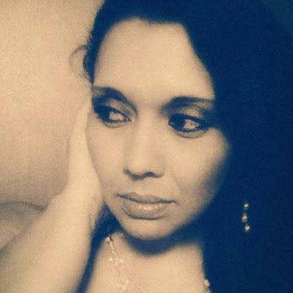 Cindy Coronado Photo 13