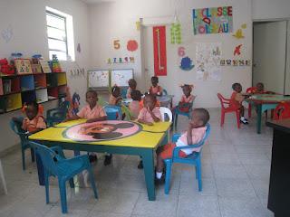 15 octobre 2011 - salle de classe  (ancien dortoir des bébés)
