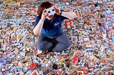 Mary Ann Jual sang kolektor gulungan View-Master
