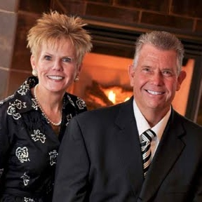 Spouses Selling Houses George and Ebbie Bogema image