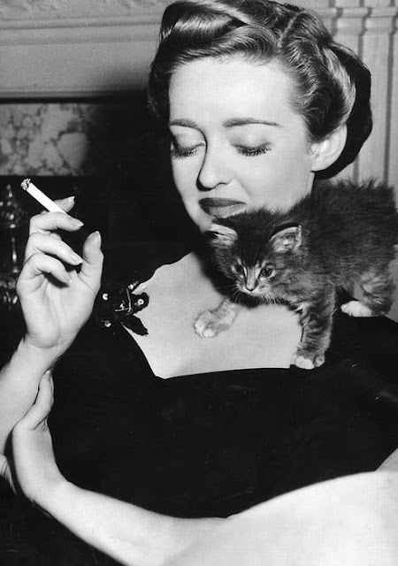 Bette Davis and a kitten