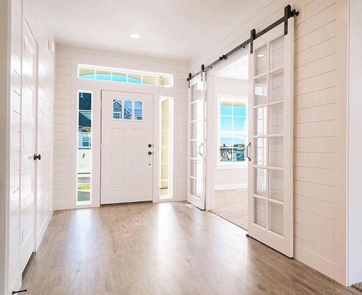 Transom Windows for Your New Home
