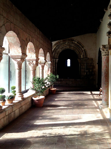 The Cloisters Museum & Gardens in New York where I have been a Lecturer for the past 12 years. Danielle Oteri - #StudyAbroadBecause It Makes You Feel Alive