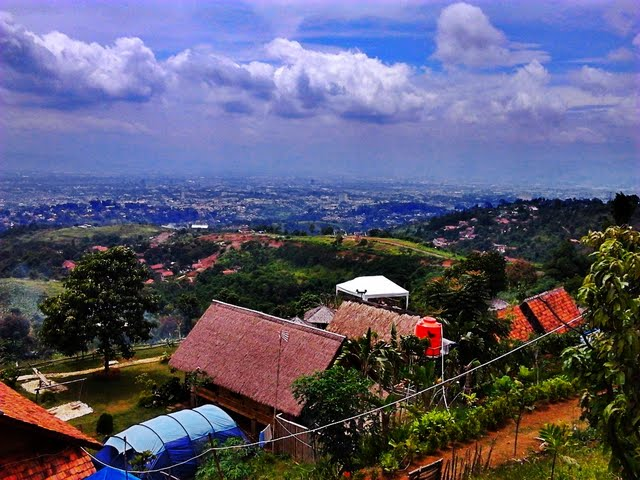 PUNCLUT - Puncak Ciumbuleuit - City View