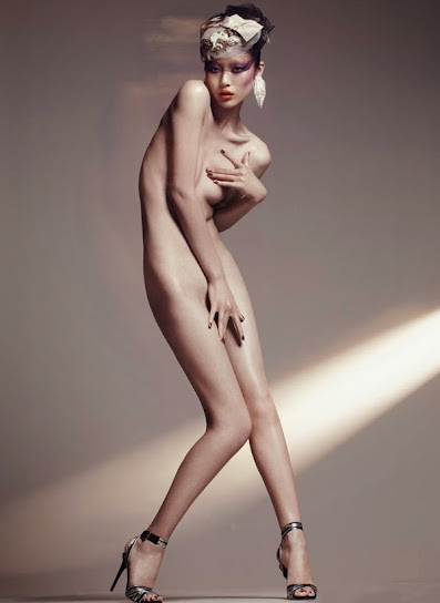 Liu Wen desnuda 7