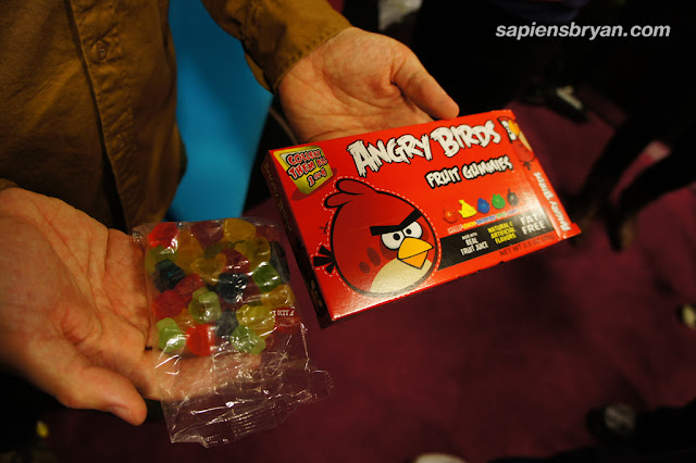 Angry Birds fruit gummies candy!