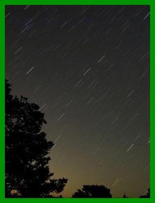 1318018134066-chuva-de-estrelas.jpg
