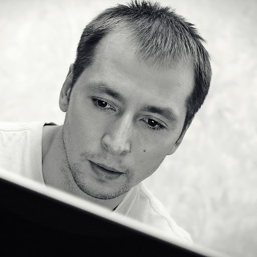 Феликс Катаев