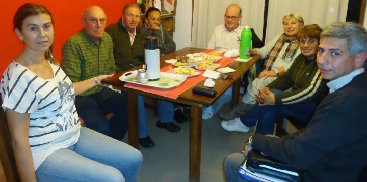 El asesor en Prevención y Protección Ciudadana, Hugo Rago, participó de una reunión junto a un grupo de vecinos autoconvocados