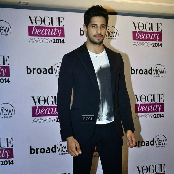 Sidharth Malhotra attends Vogue Beauty Awards 2014, held at Hotel Taj Lands End in Mumbai, on July 22, 2014.(Pic: Viral Bhayani)