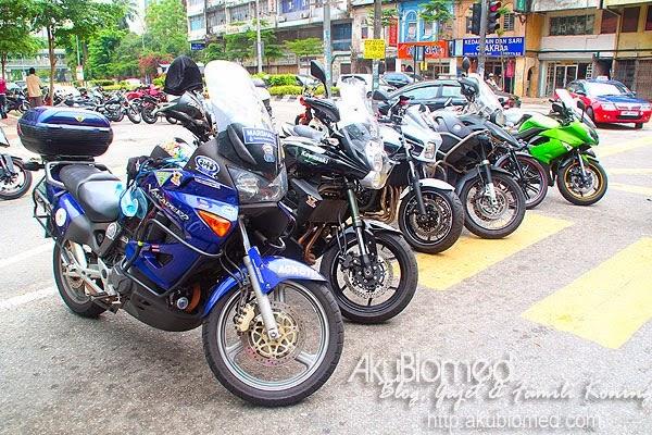 deretan motorsikal berkuasa tinggi