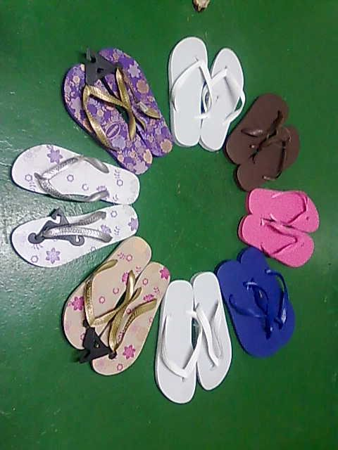 81a29fe246e3 My cousin also said the same thing about her Ipanema slippers. Total waste  of money!