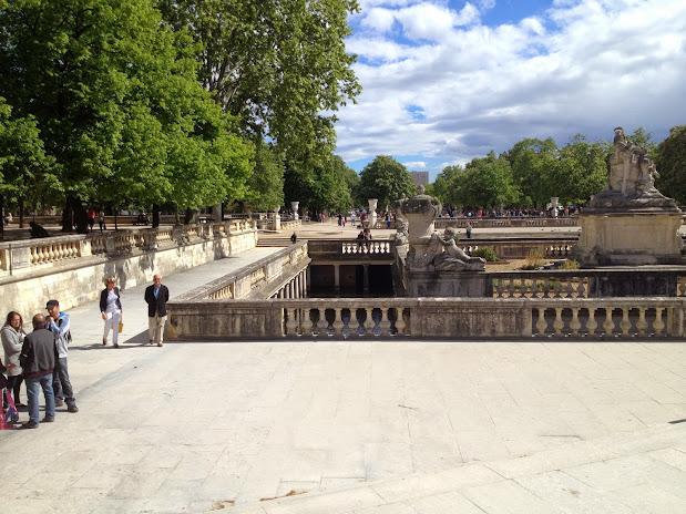 Парк Фонтана  Jardins de la Fontaine - Достопримечательности Нима (Nîmes)
