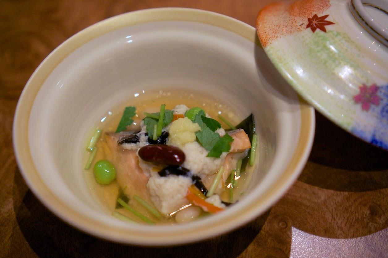 煮物:サーモンのけんちん蒸し、生姜餡掛け