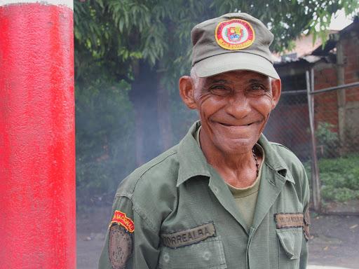 Anciano de la milicia en el día de Corpus Christi en San Francisco de Yare, Municipio Bolivar, Miranda Venezuela