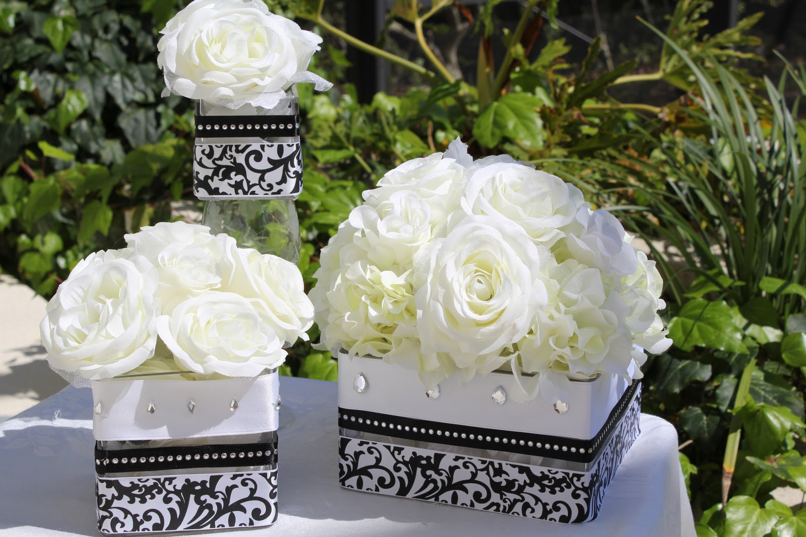 Vase Separated Wedding Cake Pictures 16