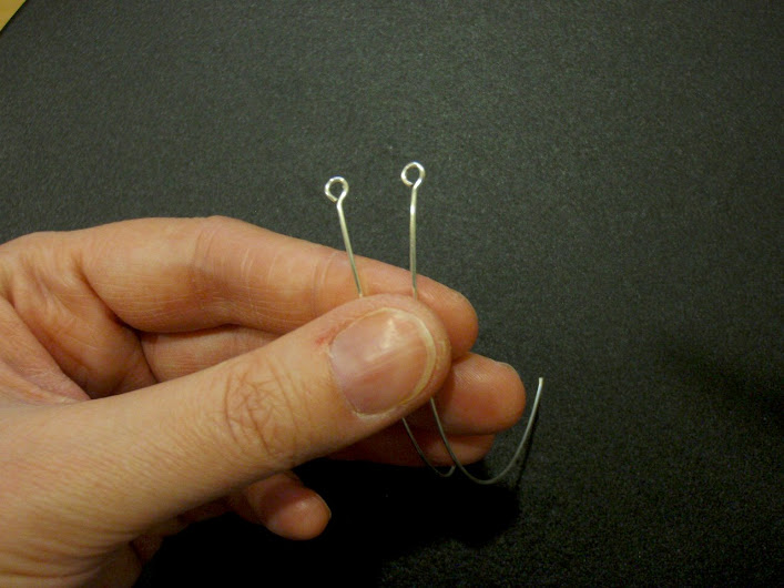 Make two even eyepins.