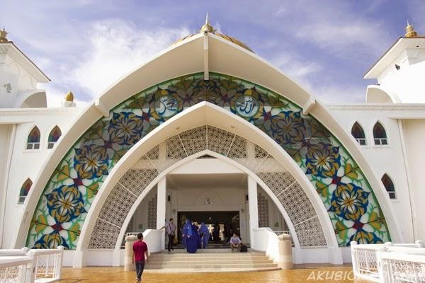 straits melacca mosque