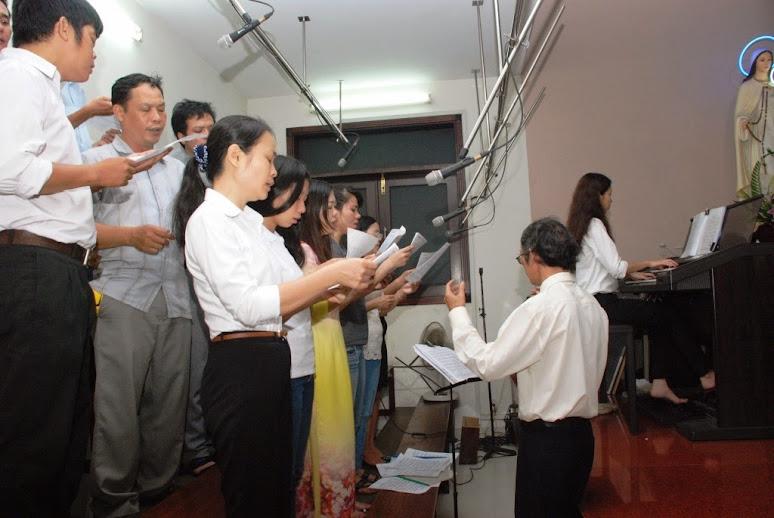 Ca đoàn Cecilia Phú Hòa mừng bổn mạng