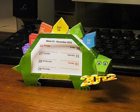 2012 Dino Calendar Papercraft Stegosaurus
