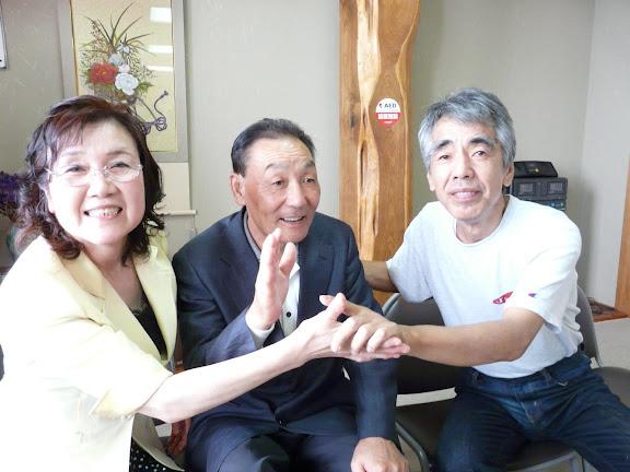 飯田さんご夫妻と信治さん