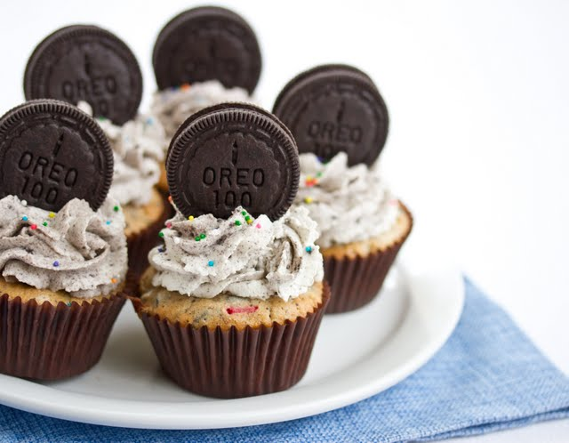 close-up photo of a plate of Oreo Funfetti Cupcakes