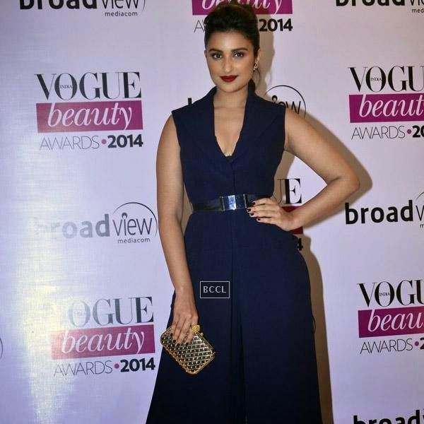 Parineeti Chopra attends Vogue Beauty Awards 2014, held at Hotel Taj Lands End in Mumbai, on July 22, 2014.(Pic: Viral Bhayani)