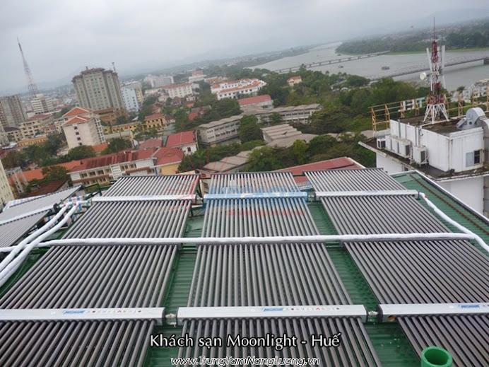 Công trình hệ thống máy nước nóng năng lượng mặt trời MEGASUN tại Khách sạn Moonlight, TP. Huế