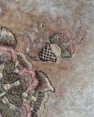 вышивка на бархате