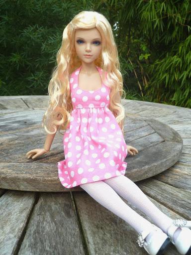 Alice (Leona JID Iplehouse) en cure de remise en forme (p 2) Essai%2520perruques11