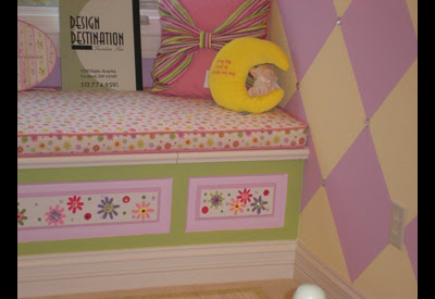 Diamond wall with gems and painted window seat at homearama.