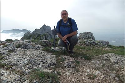 Recilla mendiaren gailurra 1.381 m. -  2012ko maiatzaren 12an